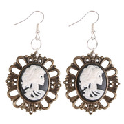 Earrings Cameo Skeleton Black